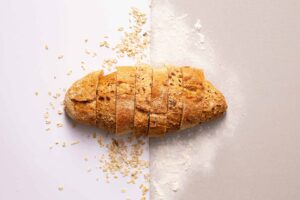 Brot, Haferflocken und Mehl