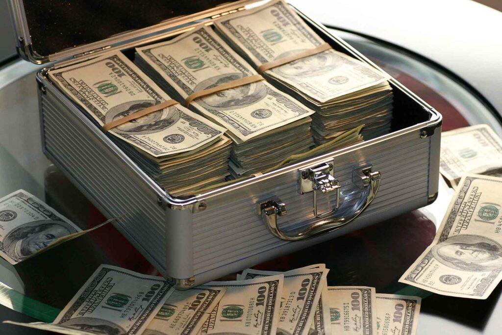 Geld Koffer
